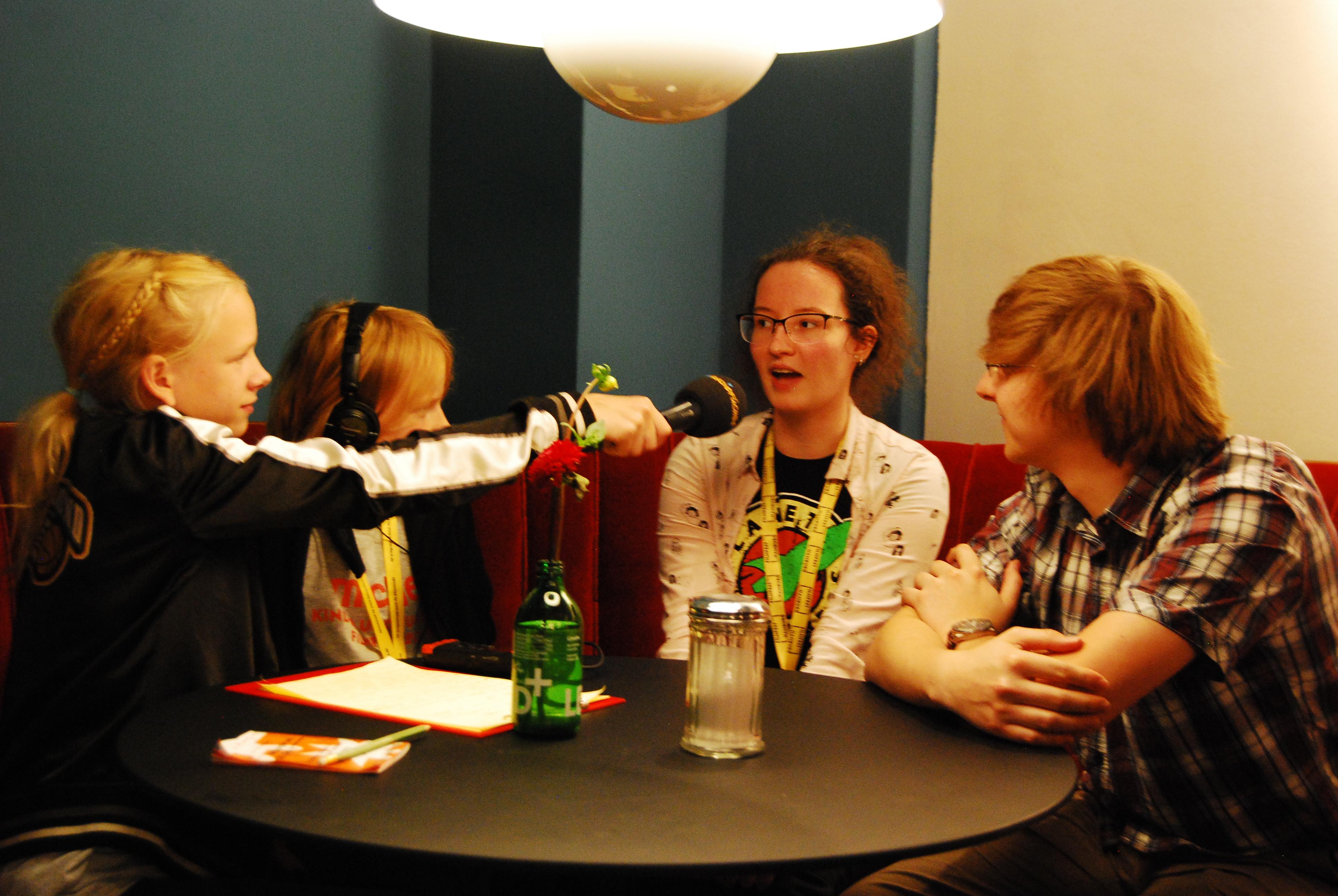 """Interview mit Filmemacherin Kerstin Welther und dem Sounddesigner vom Kleinkinder-Kurzfilm """"Röhrenglockengeister"""""""